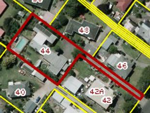 Family Home on 1513sqm Section - Papatoetoe