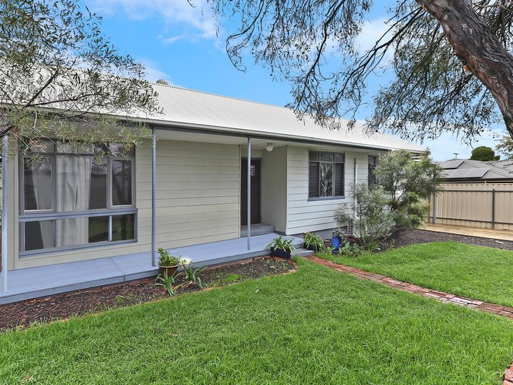 39 Heather Avenue, Windsor Gardens, SA