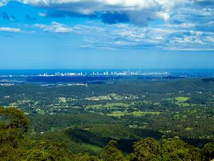 Custom Built - Million Dollar Views - Tamborine Mountain