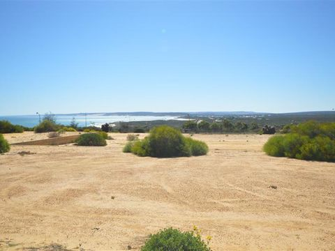 Kalbarri, 20 Lot 136 Centrolepis Circuit
