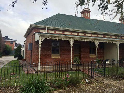 Wagga Wagga, 106 Tompson Street