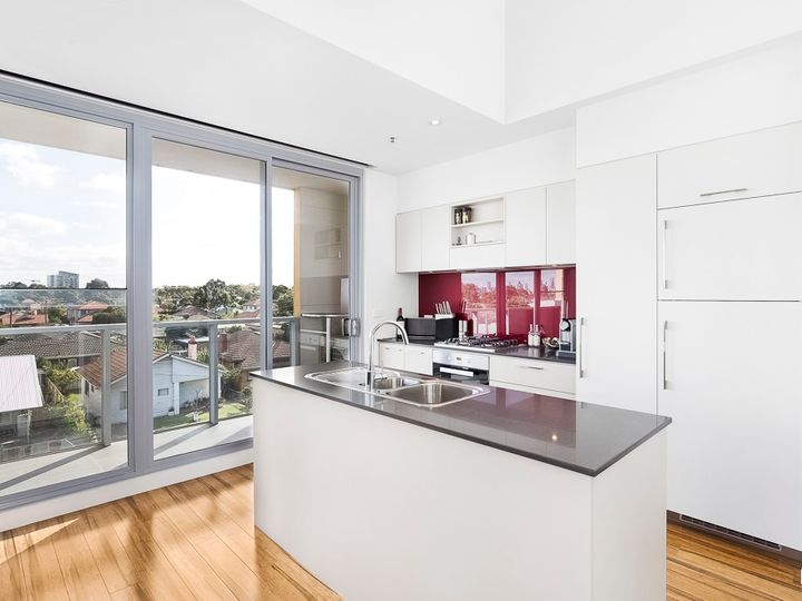 303c/168 Victoria Road, Northcote, VIC