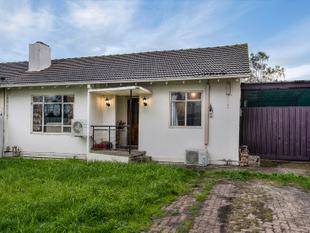 An Excellent Starter or Top Investment in a Rapidly-Appreciating Area - Heidelberg West