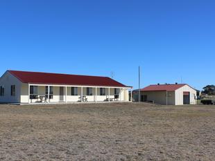 Near New Home - 2,6 acres of Private Space - Boorowa