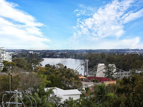 Indooroopilly, 16/8 Finney Road