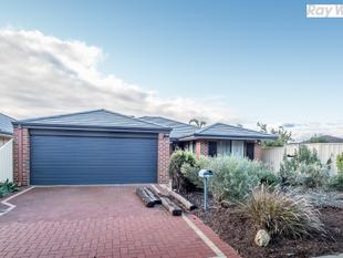 CREATIVE FAMILY HOME IN SOUGHT AFTER LOCATION - Seville Grove