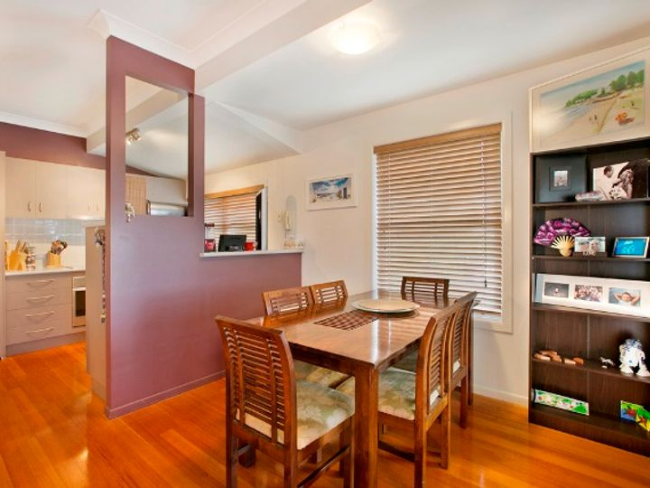 74 Stratton Terrace, Manly, QLD