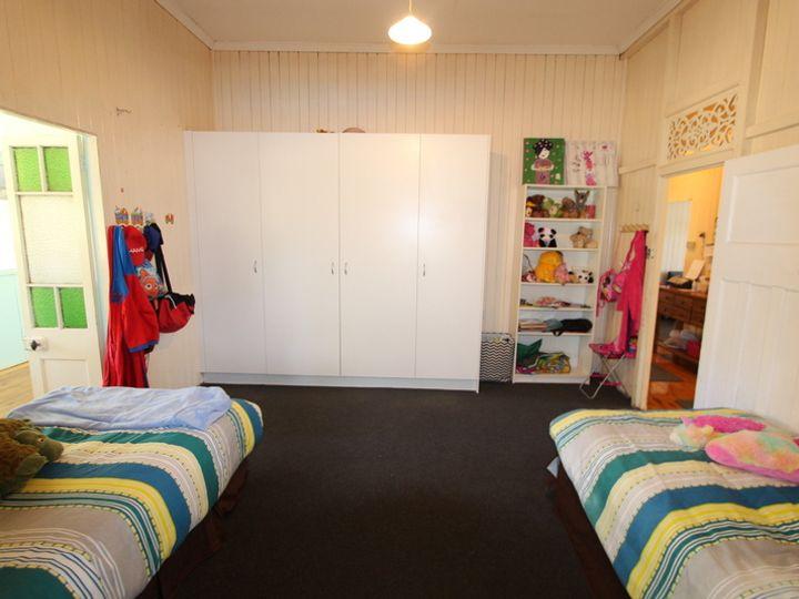 54 Howitt Street, Charleville, QLD
