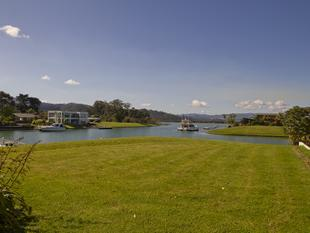 GREAT VALUE PRIME CANAL FRONT - Whitianga