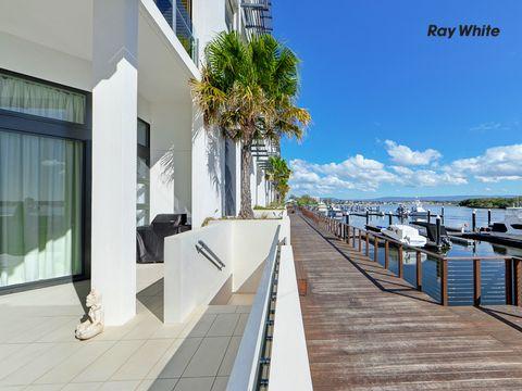 Paradise Point, 6101/6 Marina Promenade