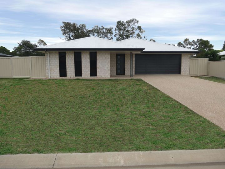 38 Wright Street, Emerald, QLD
