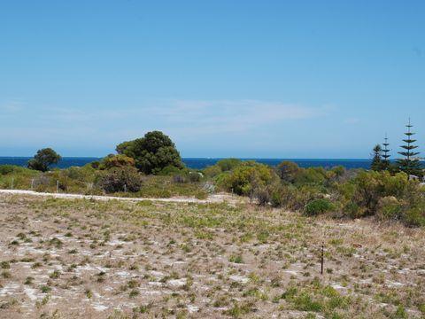 Jurien Bay, 21 Casuarina Crescent