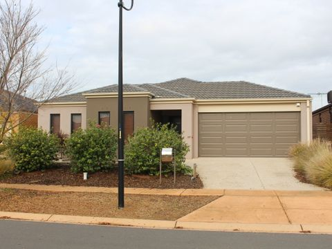 Point Cook, 30 Niland Crescent