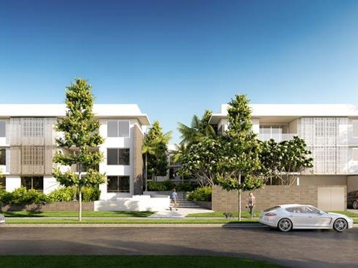 8-10 Waterford Court, Bundall, QLD