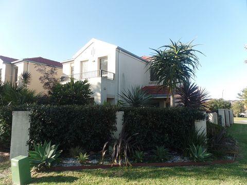 Flinders, 19 Munmorah Circuit