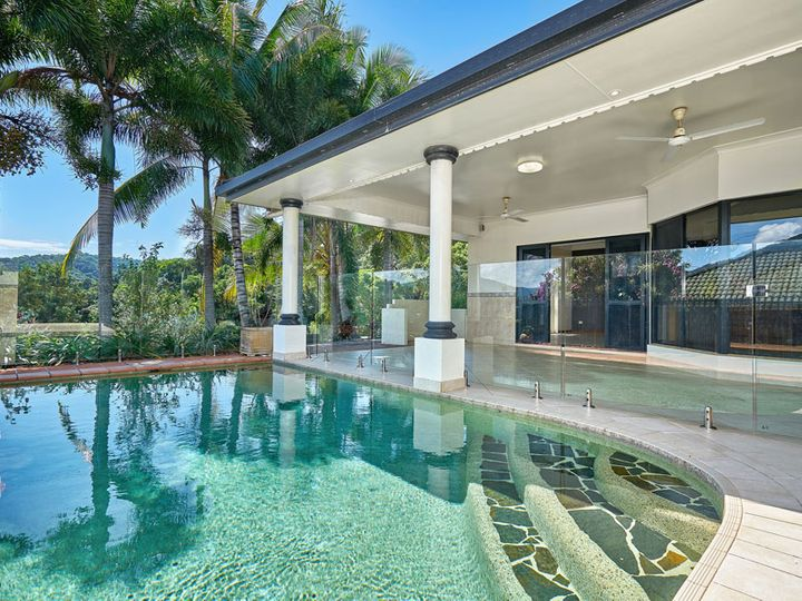 4 Mist Green Close, Brinsmead, QLD