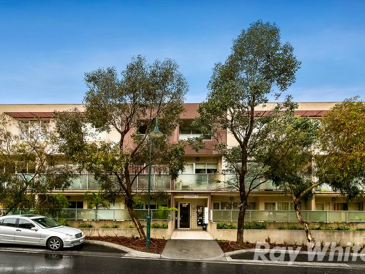 2/213 Normanby Road, Notting Hill, VIC
