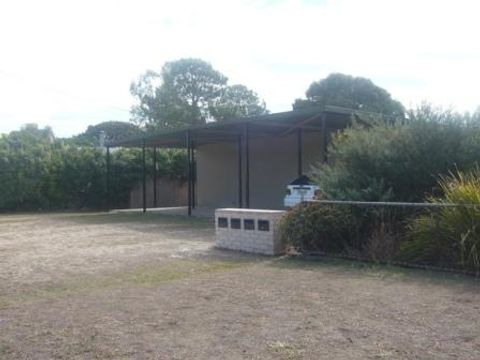 East Ipswich, Unit 3/8 Grafton