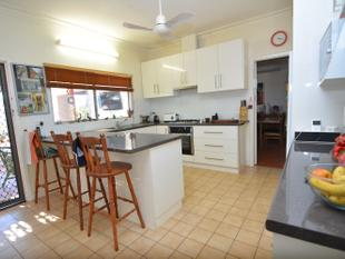 Large Sized Family Home - Carnarvon
