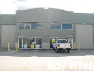 Industrial Unit just off Nudgee Road! - Banyo