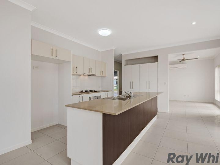 18 Bottle Tree Crescent, Mango Hill, QLD