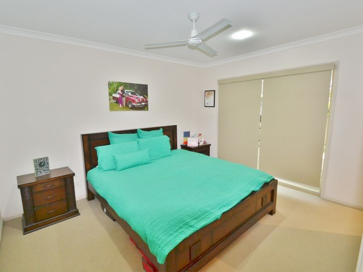 4 Dawn Court, Landsborough, QLD