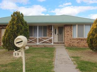 Located on George - Tenterfield