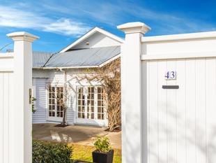SOLD Seaview's Rose - Remuera