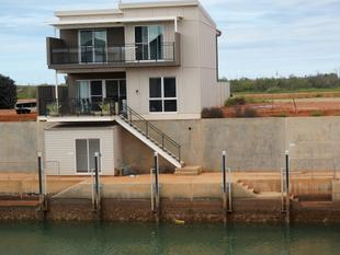 Canal Living - Exmouth