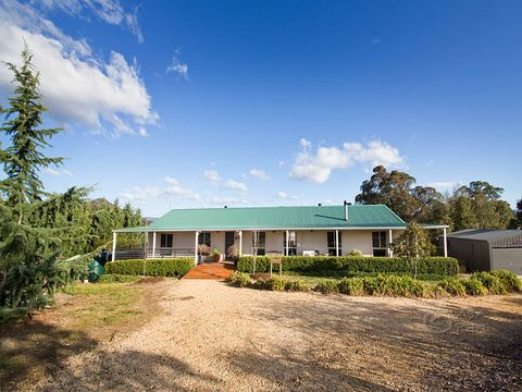 Little Hartley, 31 Bonny Hills Drive