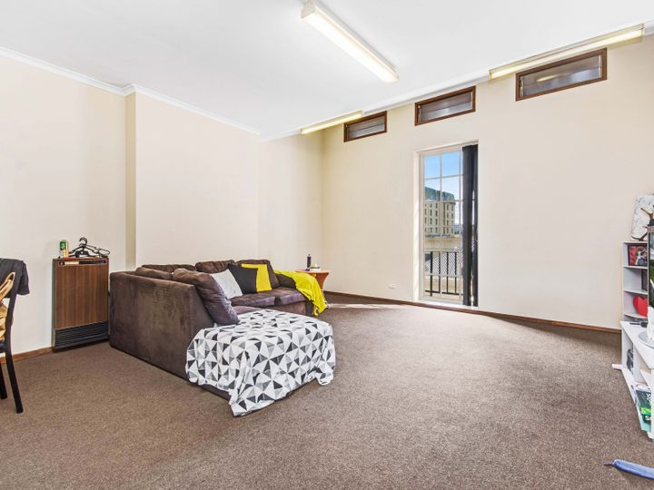 2 Yorktown Square, Launceston, TAS