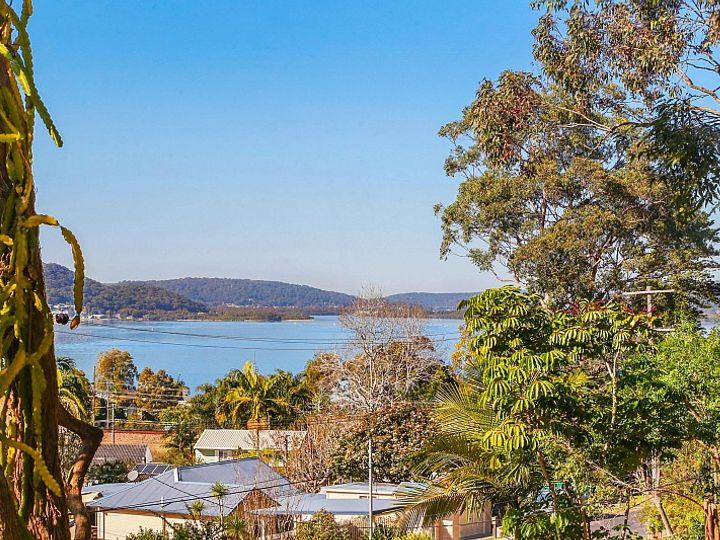 69 Melaleuca Crescent, Tascott, NSW