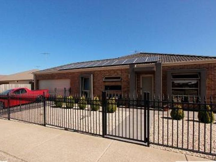 2 Muscovy Drive, Grovedale, VIC
