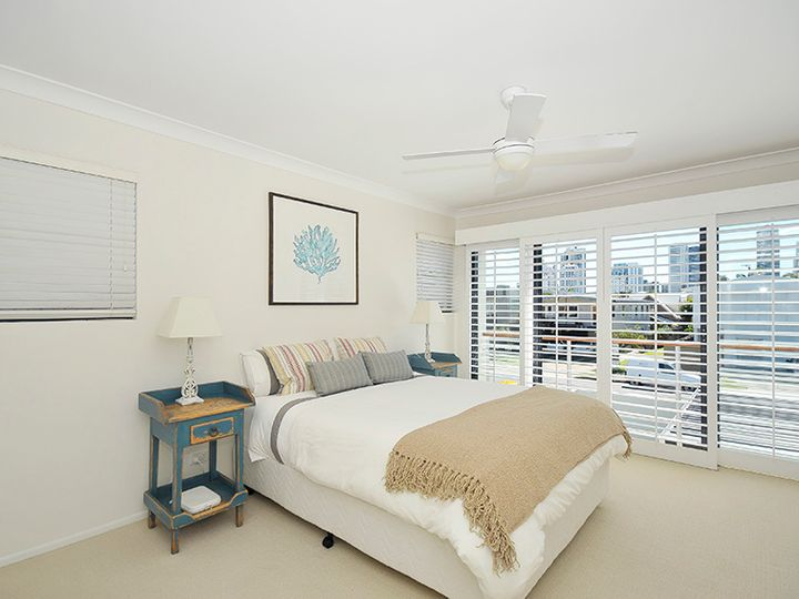 2/24 Cronulla Avenue, Mermaid Beach, QLD