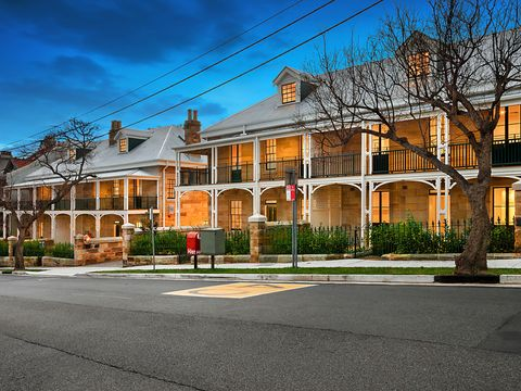 Mcmahons Point, Residence 8, 34-40 Union Street