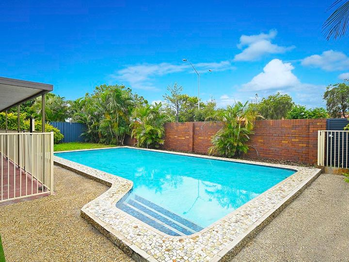 16 Salacia Avenue, Mermaid Waters, QLD