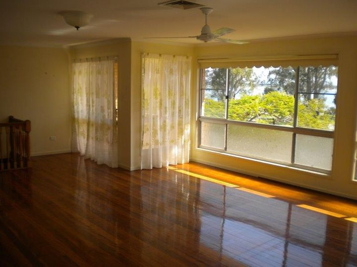 2 Walker Court, Banksia Beach, QLD