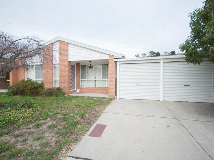 10 Lawlor Place, Gordon, ACT