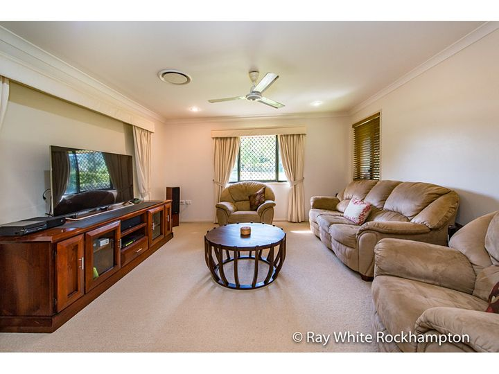 4 Lilydale Close, Norman Gardens, QLD