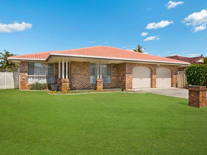 8 Kookaburra Court, Yamba, NSW