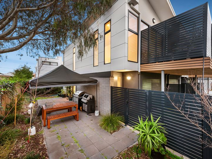 4/1037 Dandenong Road, Malvern East, VIC