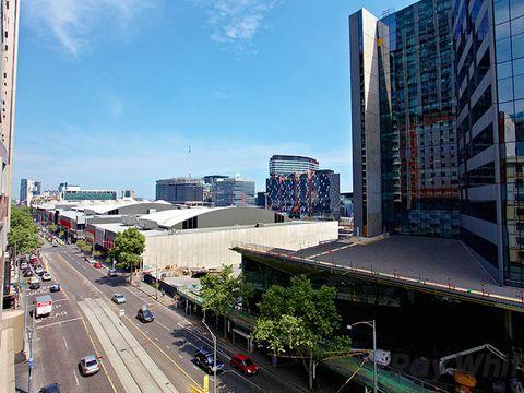 Melbourne, 721/585 La Trobe Street