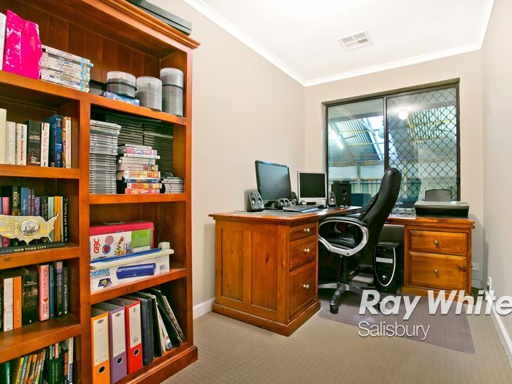 22 Matthew Court, Paralowie, SA