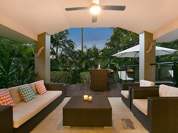 107 Bamboo Avenue, Benowa, QLD