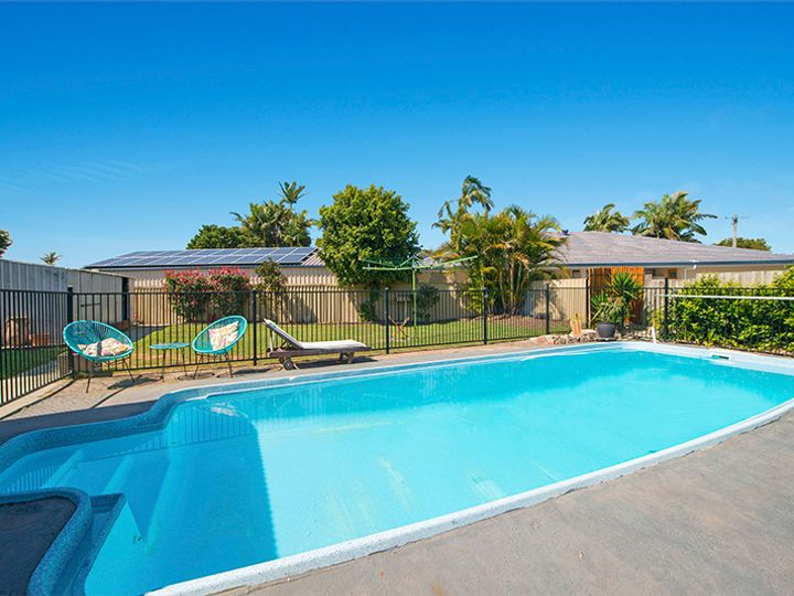 3 Denawen Street, Palm Beach, QLD