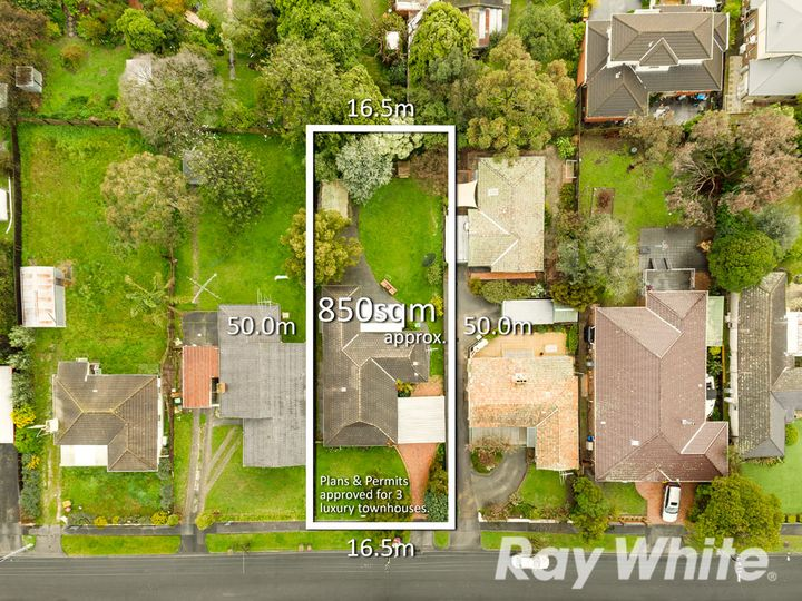 23 Farleigh Avenue, Burwood, VIC