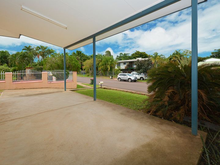 2/11 Shearwater Drive, Bakewell, NT