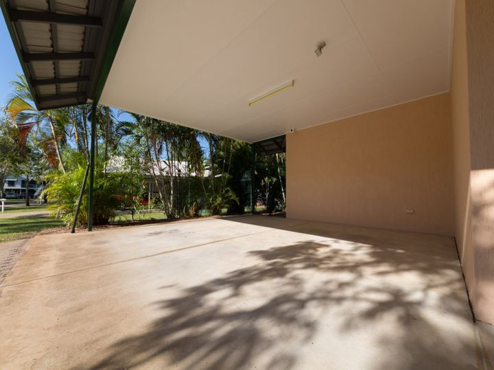 32 Royal Circuit, Durack, NT