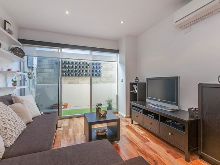 4/767 High Street, Reservoir, VIC