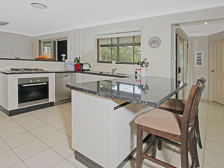 14 Rosella Avenue, Mollymook, NSW